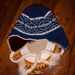COLUMBIA unisex winter hat 🧢 with tassels